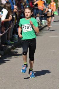 Siegerin Altersklasse W11 über 2 Km (Foto: D. Schrader)