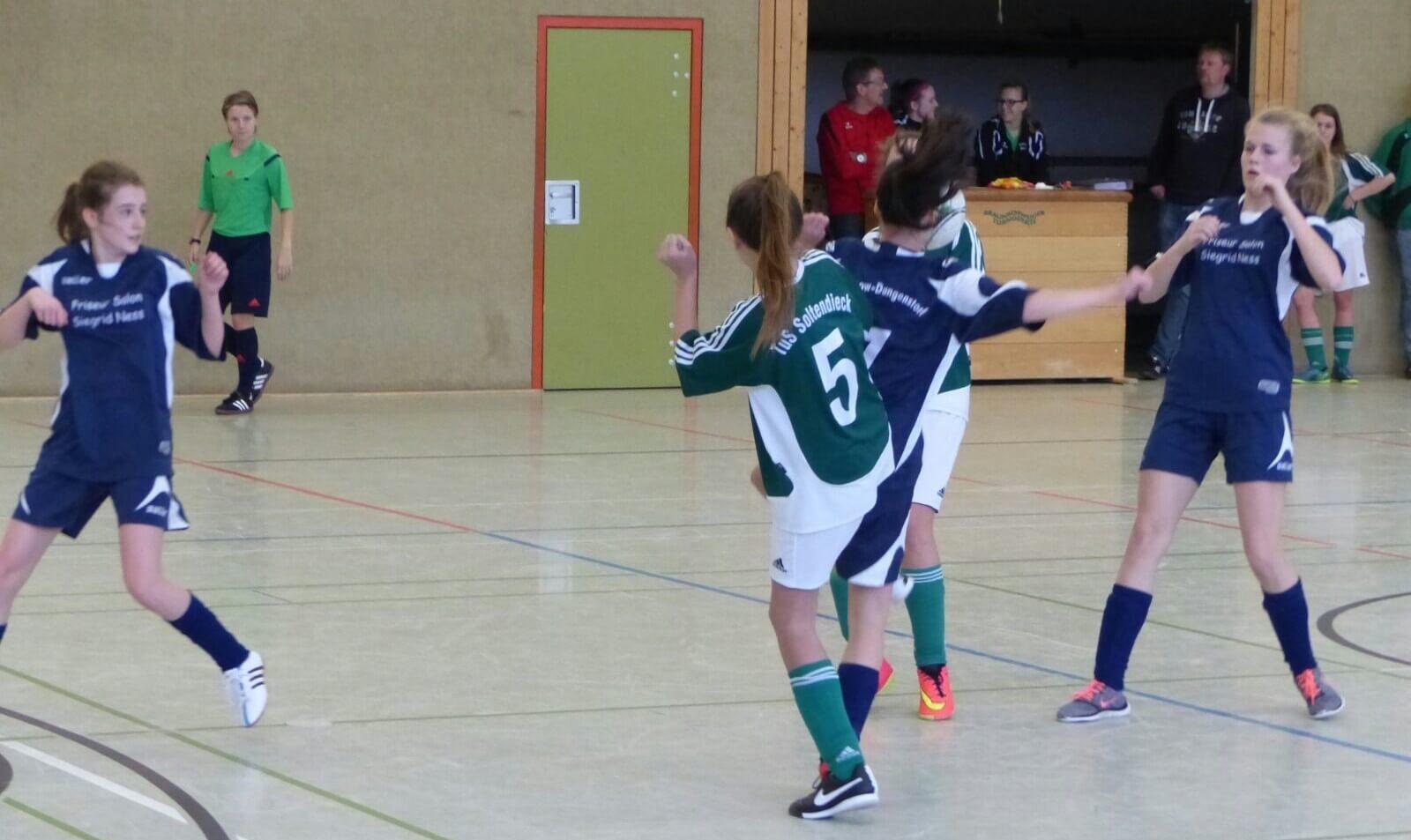 Hallenmeisterschaft 2015/2016: SG Aue Soltendieck C-Juniorinnen © mv